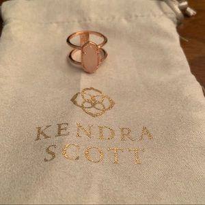 Kendra Scott Rose Gold Elyse Ring in Rose Quartz